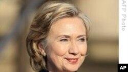 Клинтон: Иран се движи кон армиска диктатура