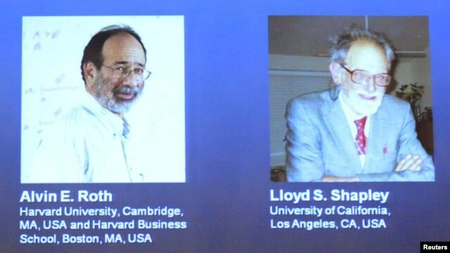 Hai nhà kinh tế học người Mỹ Alvin Roth và Lloyd Shapley