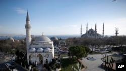 La Mosquée bleue, district historique de Sultanahmet à Istanbul (AP Photo/Emrah Gurel)