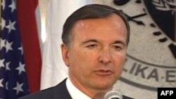 Fratini në Shqipëri: Vendimi mbi vizat brenda majit