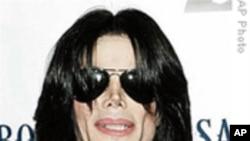官方验尸报告指杰克逊死于他杀