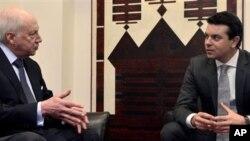 Продолжување на дијалогот од Атина и Скопје: посредникот Метју Нимиц со министерот за надворешни работи на Република Македонија, Никола Попоски