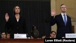 Fiona Hill i David Holmes polažu zakletvu u Kongresu