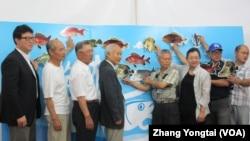 台灣民間團體召開記者會呼籲保護海洋資源 (美國之音 張永泰)