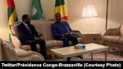 Président Faure Gnassingbé ya Togo na masaolo na mokokani wa ye Denis Sassou N'Guesso ya Barzzaville, na Oyo, département ya Cuvette, Congo-Brazzaville, 27 août 2020. (Twitter/Présidence Congo-Brazzaville)