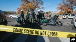 Полицейский кордон у средней школы города Спаркс в штате Невада. 21 октября 2013 г.