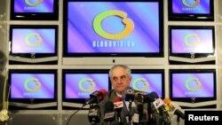 Carlos Zuloaga, vicepresidente ejecutivo de Globovisión asegura que la venta es la única salida que encontró para dar proyección en el tiempo a Globovisión y mantener la nómina de casi 500 personas.