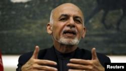 아슈라프 가니 아프간 대통령이 31일 카불에서 기자회견을 하고 있다.