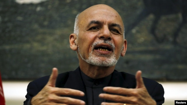 Afghan President Ashraf Ghani traveled to eastern Nangarhar province on Jan. 10, 2016, where he met with officials and tribal leaders to assess concerns Islamic State is gaining ground in the province that borders Pakistan.