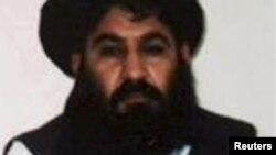 افغان طالبان کے سابق امیر ملا اختر منصور (فائل فوٹو)