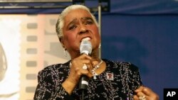 "FILE - In this Jan. 25, 2006 file photo, jazz and blues singer Linda Hopkins performs during a ceremony unveiling a new postage stamp honoring Hattie McDaniel, the first African American to win an Academy Award for her role in ""Gone With the Wind,""in Beverly Hills, Calif."