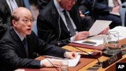 류제이 유엔 주재 중국대사가 지난 3월 안보리에서 열린 북한 관련 회의에서 발언하고 있다. (자료사진)