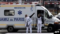عالمگیر وبا کی زد میں آنے والے مریضوں کی تعداد دس لاکھ اور اموات کی تعداد 52 ہزار سے زیادہ ہوچکی ہے۔ (فائل فوٹو)