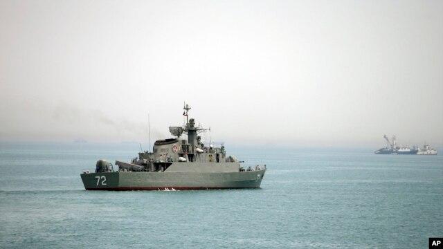 تصویر کشتی جنگی البرز در تنگه هرمز که خبرگزاری فارس منتشر کرده است - ۷ آوریل ۲۰۱۵