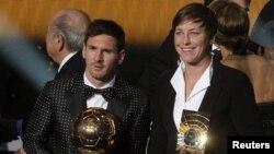 La estadounidense Abby Wambach y Lionel Messi de Argentina dos de los galardonados por la FIFA.