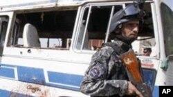 폭탄공격 현장에 출동한 이라크 경찰 (자료사진)