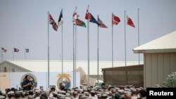 """阿富汗南部赫爾曼德省的海軍陸戰隊""""皮領""""營地"""
