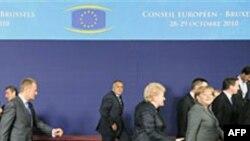 BE bie dakort për kontroll më të rreptë shpenzimesh mbi vendet e Eurozonës