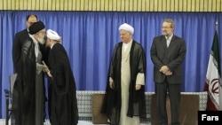 مراسم تنفیذ حکم ریاست جمهوری روحانی توسط خامنه ای