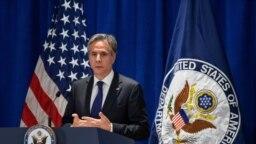 Menteri Luar Negeri AS Anthony Blinken berbicara kepada media di sela Sidang Majelis Umum PBB yang ke-76 di New York, AS, pada 23 September 2021. (Foto: Reuters/Eduardo Munoz)