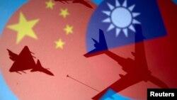中国和台湾旗帜与战机