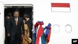 Presiden Susilo Bambang Yudhoyono tiba di Laos untuk menghadiri KTT ASEM IX hari Minggu (4/11).