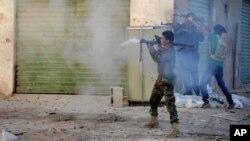 Ratusan orang telah tewas sejak pemerintah melancarkan ofensif melawan milisi Islam di Libya (foto: dok).