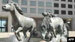 Мустанги. Скульптурная группа в Техасе