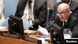 Menteri Luar Negeri Jean-Yves Le Drian berbicara pada sidang PBB mengenai pemberantasan pendanaan aksi teror di New York, 28 Maret 2019.