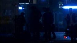 2014-10-15 美國之音視頻新聞: 香港警察毆打示威者錄影激起公憤