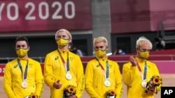 지난 4일 호주 선수대표단이 2020 도쿄올림픽 사이클 트랙 경기에서 동메달을 획득했다.