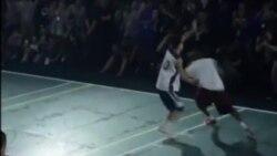 Kobe Bryant tire sa révérence (vidéo)