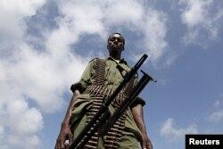 Soldat somalien à Burgabo, au sud de Kismayo (archives)