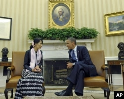 Barak Obama Au San Su Chi bilan muloqotda, 19-sentabr, 2012