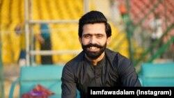 فواد عالم نے امید ظاہر کی ہے کہ ان کے چاہنے والے جتنا انہیں کرکٹ کے میدان میں پسند کرتے ہیں اتنا ہی وہ انہیں اداکاری کے میدان میں بھی پسند کریں گے۔