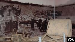 石磙与修机场老照片(美国之音林森拍摄)