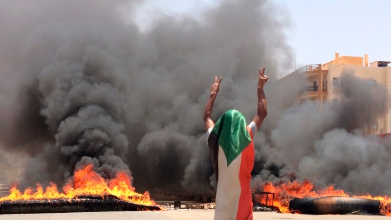"""Soudan : """"nous ne permettrons pas le chaos"""", prévient un ancien chef de milice"""
