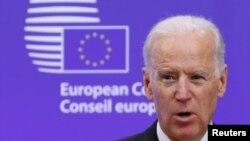 时任美国副总统拜登访问位于布鲁塞尔的欧盟理事会总部(2015年2月6日)。