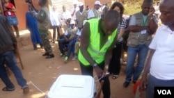 Guiné Bissau, Eleições 13 de Abril 2014, fecho das urnas