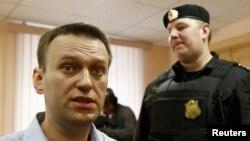 Алексей Навальный в зале суда. Киров, Россия. 24 апреля 2013 года