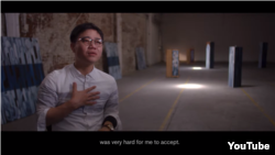 탈북민 지성호 씨가 워싱턴의 민간단체인 '공산주의 희생자 추모재단'이 최근 공개한 동영상에서, 북한의 공산주의 정권 아래서 경험한 인권 유린 실태를 증언했다.