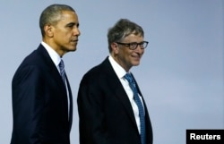 U.S. President Barack Obama (L) and Microsoft co-founder Bill Gates leave a meeting to launch the 'Mission Innovation: Accelerating the Clean Energy Revolution' at the World Climate Change Conference 2015 (COP21) in Le Bourget, near Paris, Nov. 30, 2015.