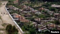 지난 8월 북한 함경북도 회령 시의 주택가.