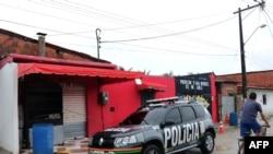 27일 총기 난사 사건이 발생한 브라질 나이트클럽 정문 모습.
