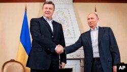 Виктор Янукович и Владимир Путин. Москва, Россия. 4 марта 2013 года