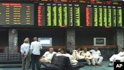 کراچی: کاروباری سرگرمیاں معطل ہونے سے اربوں کا نقصان
