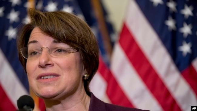 Amy Klobuchar senadora demócrata por Minnesota.