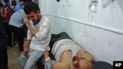 在霍姆斯受伤的男子