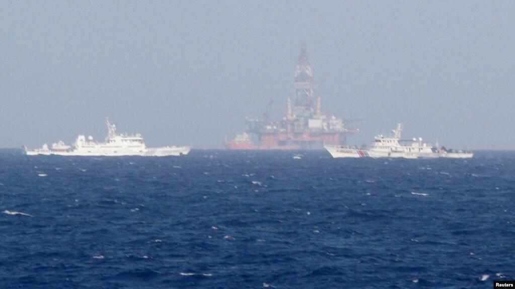Dàn khoan Hải Dương 981 hồi tháng 5/2014, cách bời biển Việt Nam 210 km