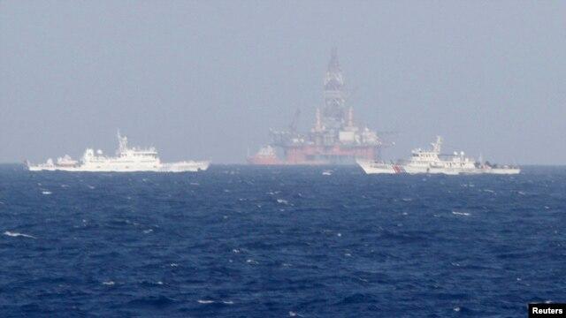 Trung Quốc hạ đặt giàn khoan Hải Dương-981 gần quần đảo Hoàng Sa